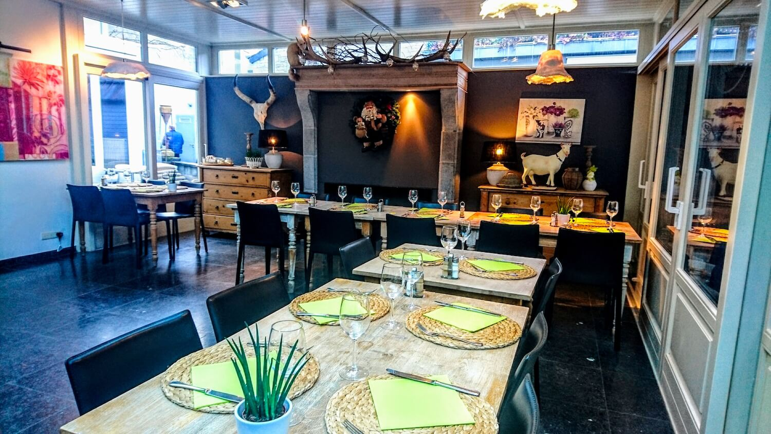 12 chic durbuy restaurant to dine and keep your stomach happy live in belgium. Black Bedroom Furniture Sets. Home Design Ideas