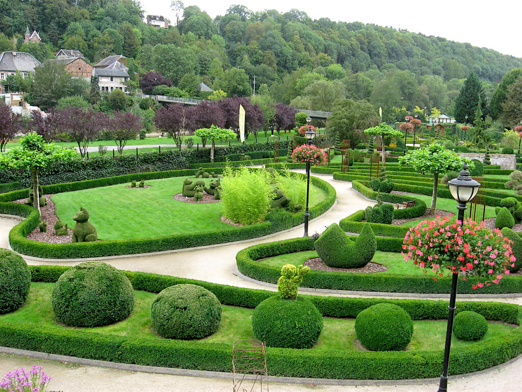 Durbuy Topiary Park is the largest in the world but the smallest city in Belgium.