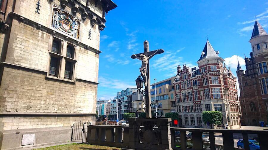 Jesus Christ Statue @ Het Steen Castle