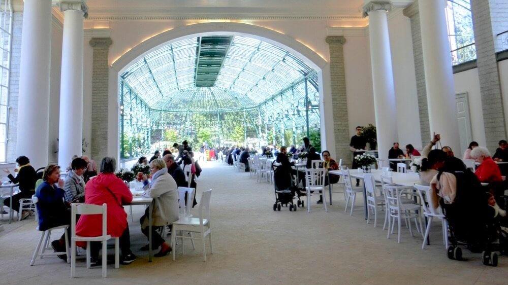 Banquet Greenhouse Interior @ Koninklijke Serres van Laken