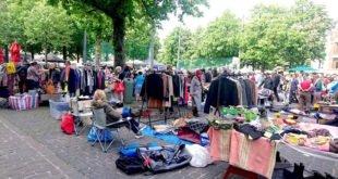 Rommelmarkt Dageraadplaats Antwerpen in Zurenborg
