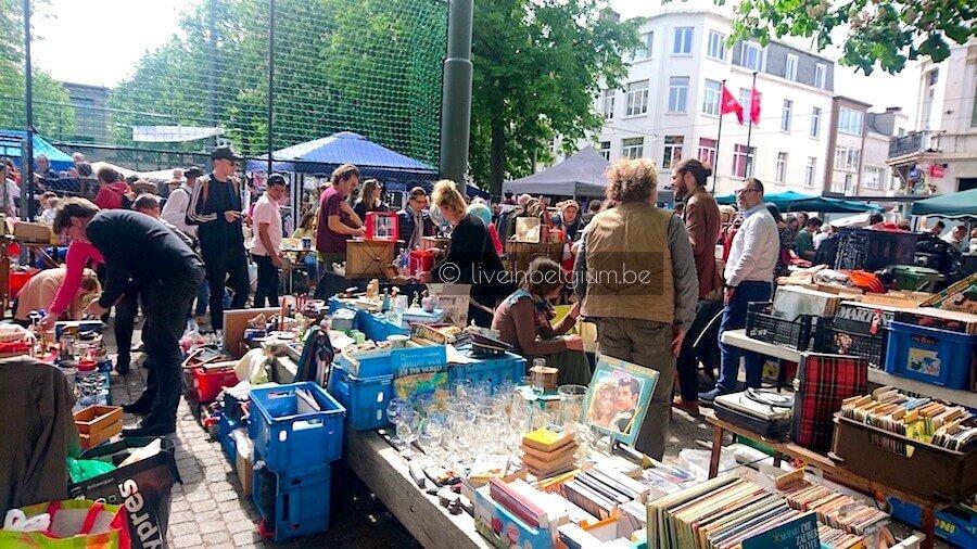Rommelmarkt Dageraadplaats Flea Market in Antwerp