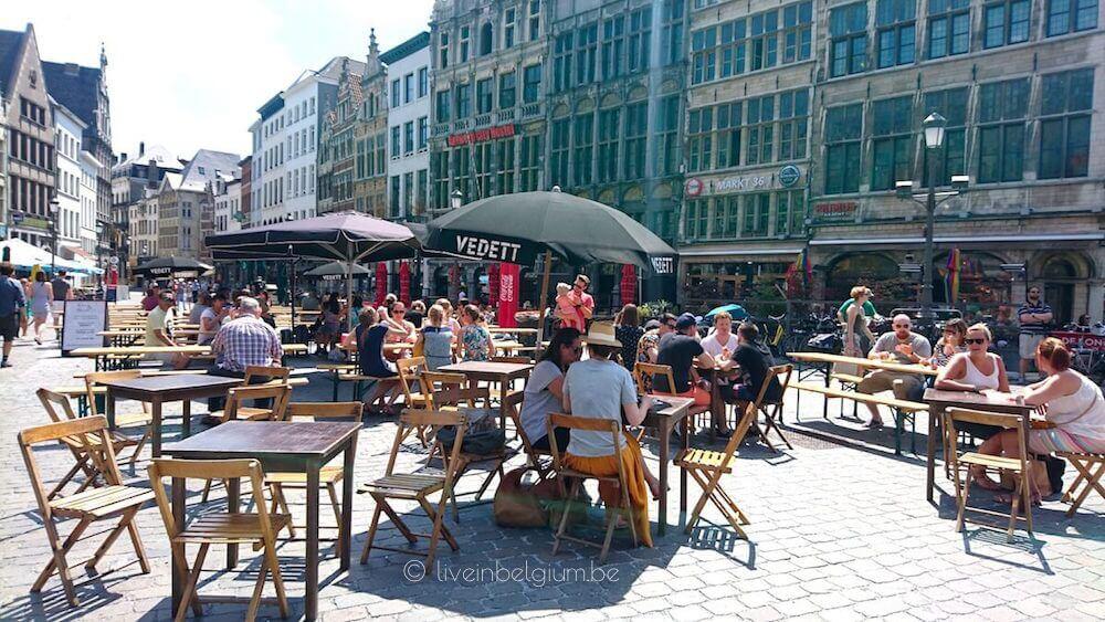 Swan Market Antwerpen Seating